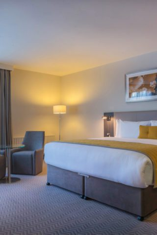 executive king room at Maldron Hotel Pearse Street